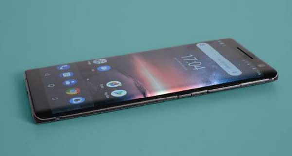 Nokia 8 Siricco