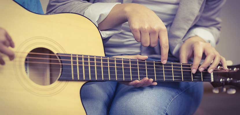 Aplikasi Belajar Gitar Android