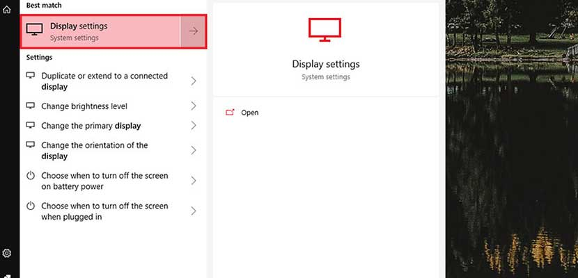 Lewat Display Settings Windows 10