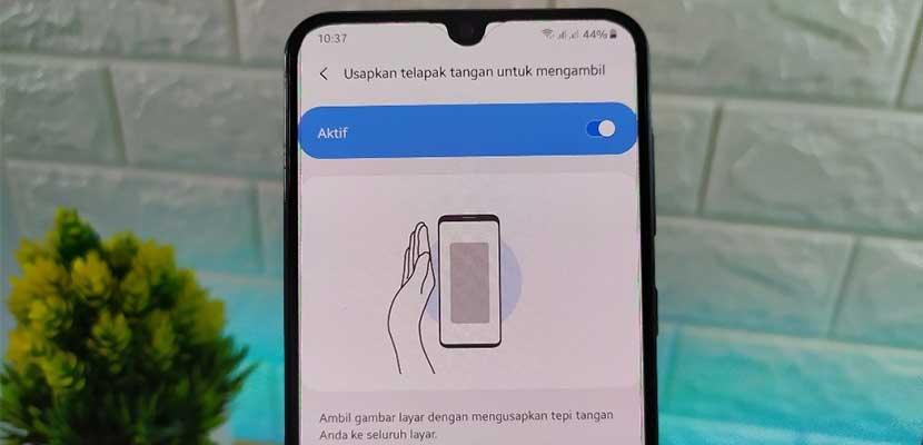 Cara Screenshot Dengan Telapak Tangan