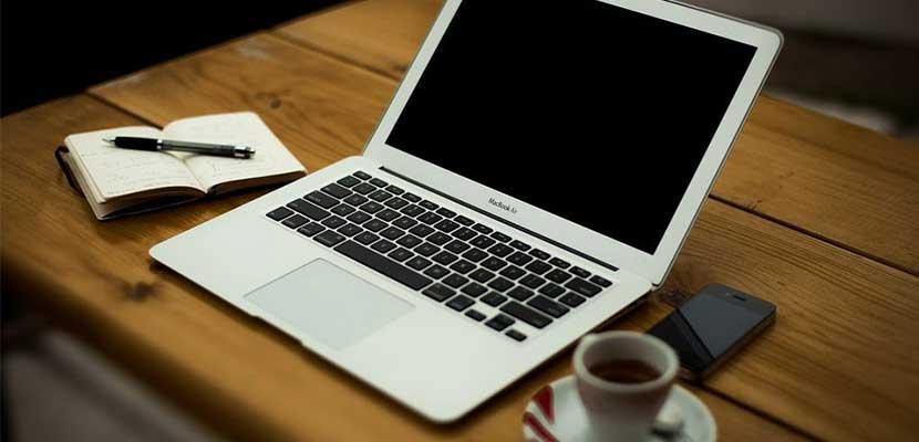 Matikan Laptop Selama Beberapa Menit