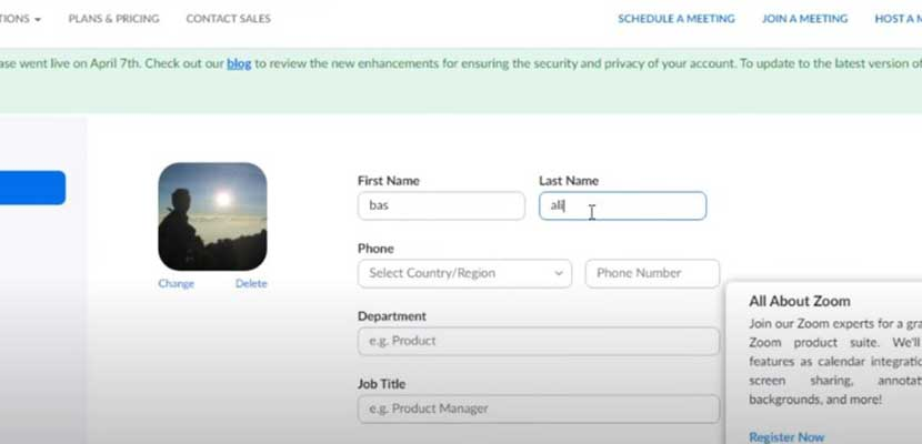 Sekarang kalian bisa mengganti First Name dan Last Name pada kolom yang tersedia