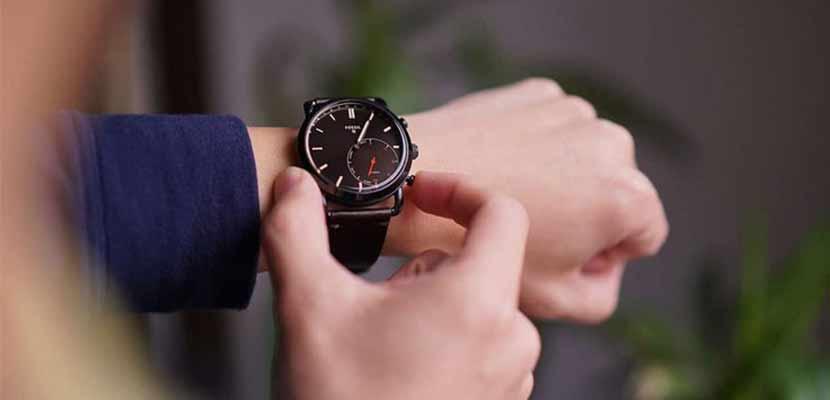 Rekomendasi Smartwatch Hybrid Terbaik Lengkap Dengan Informasi Harga Terbaru