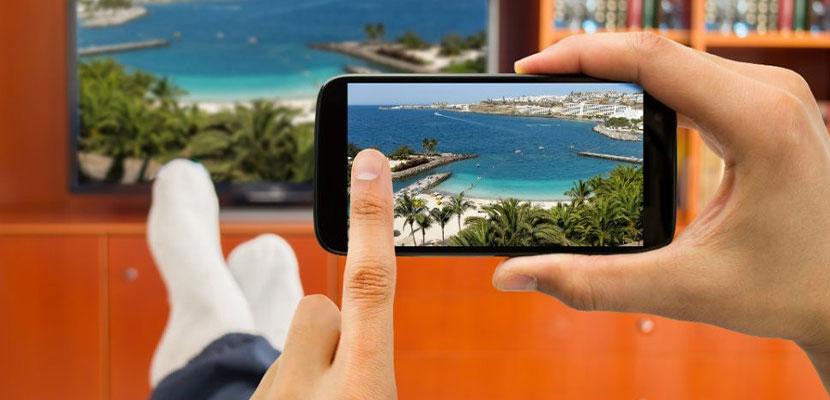 Cara Menyambungkan HP Android ke TV Praktis Tanpa Kabel